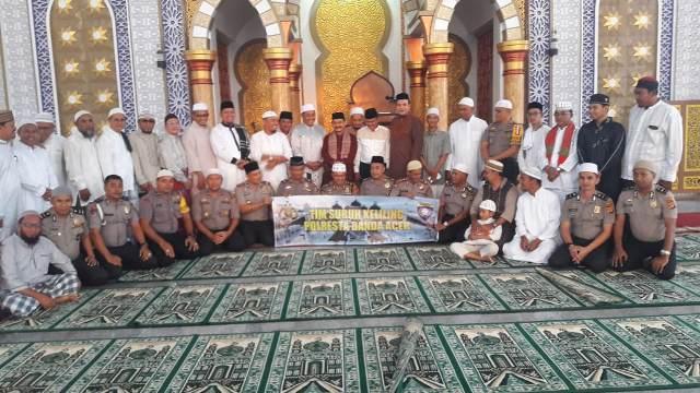Kapolresta Banda Aceh Pimpin Safari Subuh di Masjid Baiturrahmah