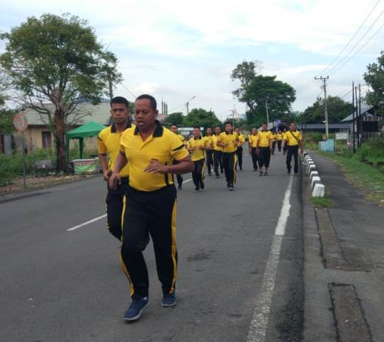 Jumat Sehat, Polresta Banda Aceh Olahraga Bersama