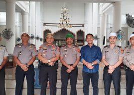 Polresta Banda Aceh laksanakan Safari Shalat Jum'at Berjamaah Bersama Masyarakat Banda Aceh.