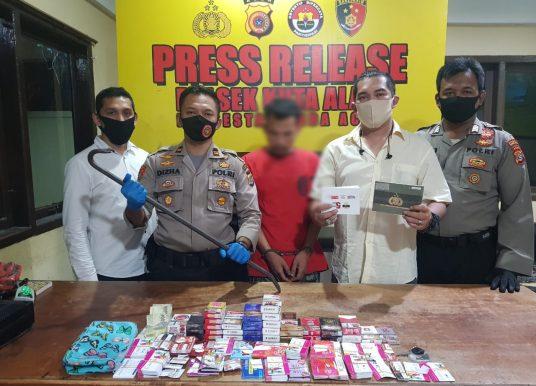 Residivis Narkoba Gasak Ratusan Voucher Operator Seluler, Pelaku Berhasil Diciduk Personel Polsek Kuta Alam