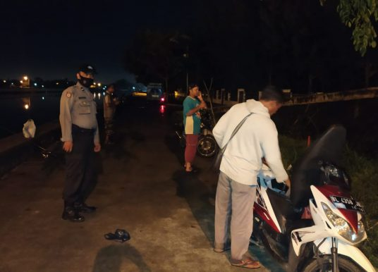 Personel Polsek Jaya Baru Himbau Warga Patuhi Protokol Kesehatan