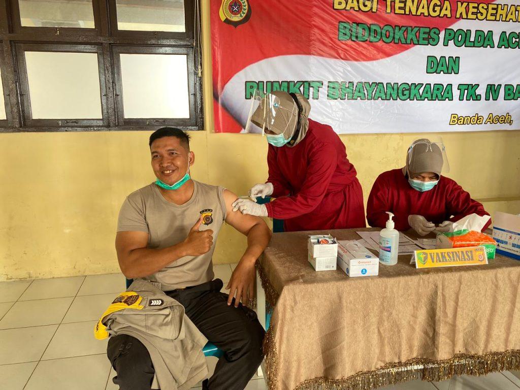 Bhabinkamtibmas Polresta Banda Aceh Mulai Divaksin Polresta Banda Aceh